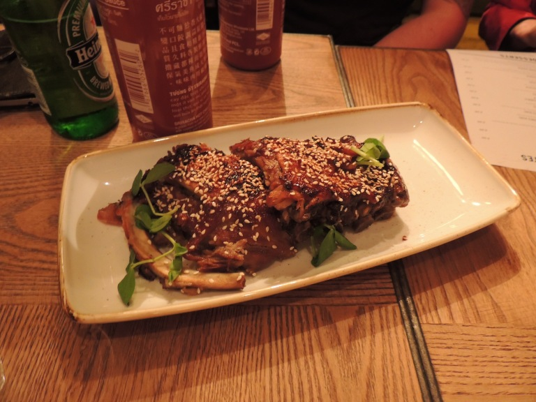 Baby back ribs with honey and sesame seeds *NOM*